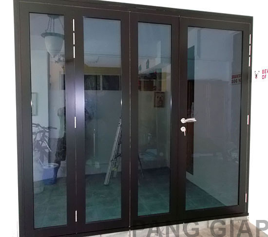 SINGPOST~ QUEST FOR AMUSEMENT: French Doors For HDB